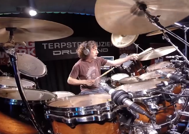 "A good view of Simon Phillips playing ""open-handed"" at a drum clinic."