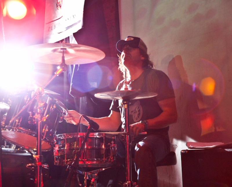 Mark Feldman performing with MANCIE